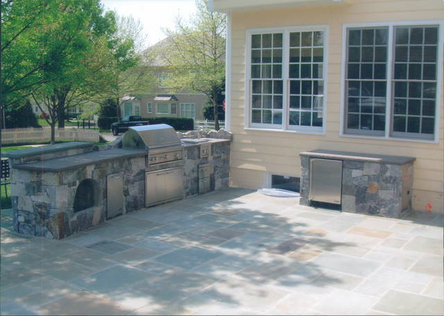Paver Patio And Stone Grill
